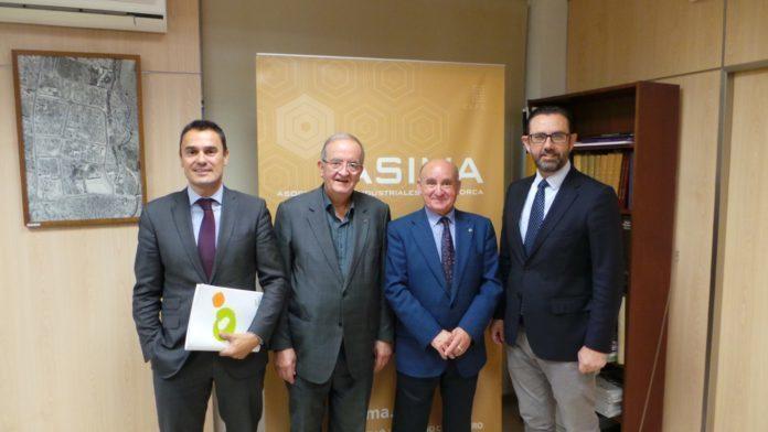 PIMEC, patronal que representa las micro, pequeñas y medianas empresas y autónomos de Cataluña, ha visitado este jueves la sede de ASIMA en el Polígono Son Castelló y la Escoleta ASIMA, para conocer de primera mano la labor de la Asociación de Industriales de Mallorca.